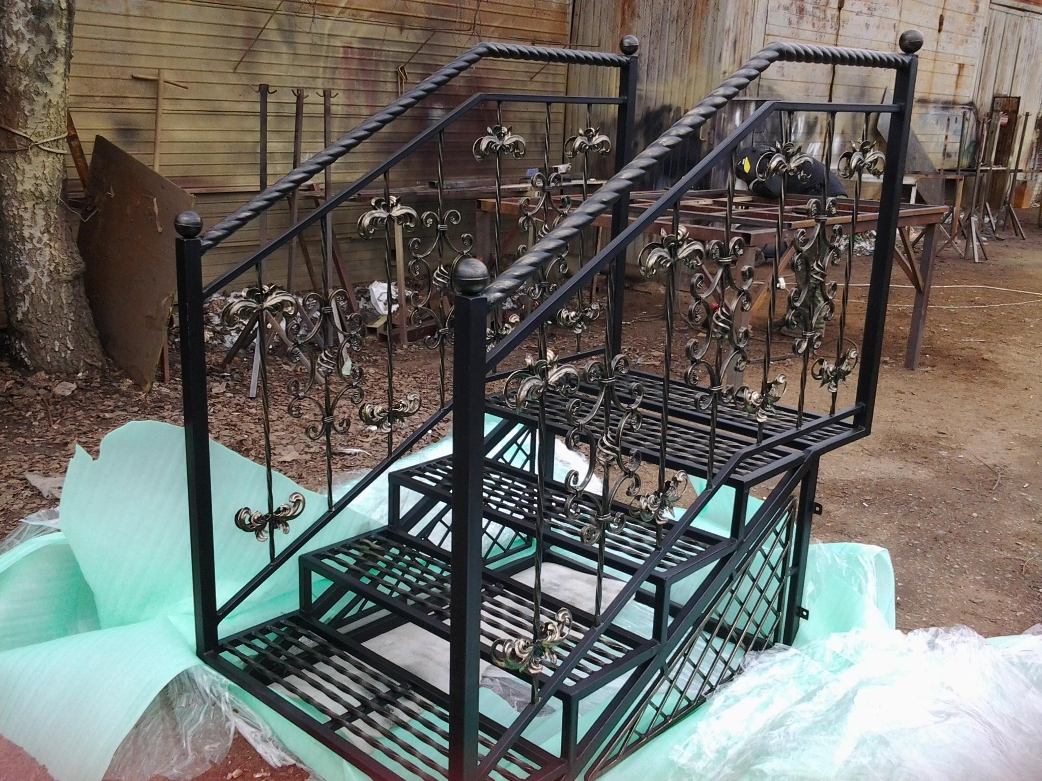 Лестница из металла своими руками для крыльца 168